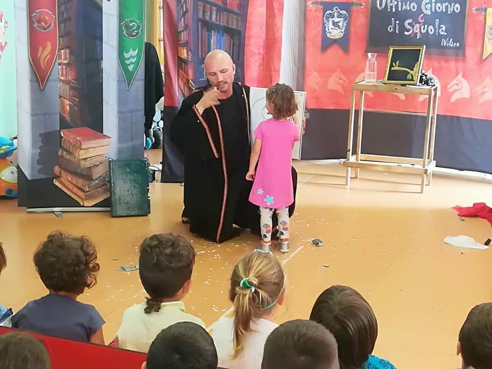 Con la Maestra Petunia la scuola è decisamente magica!!!
